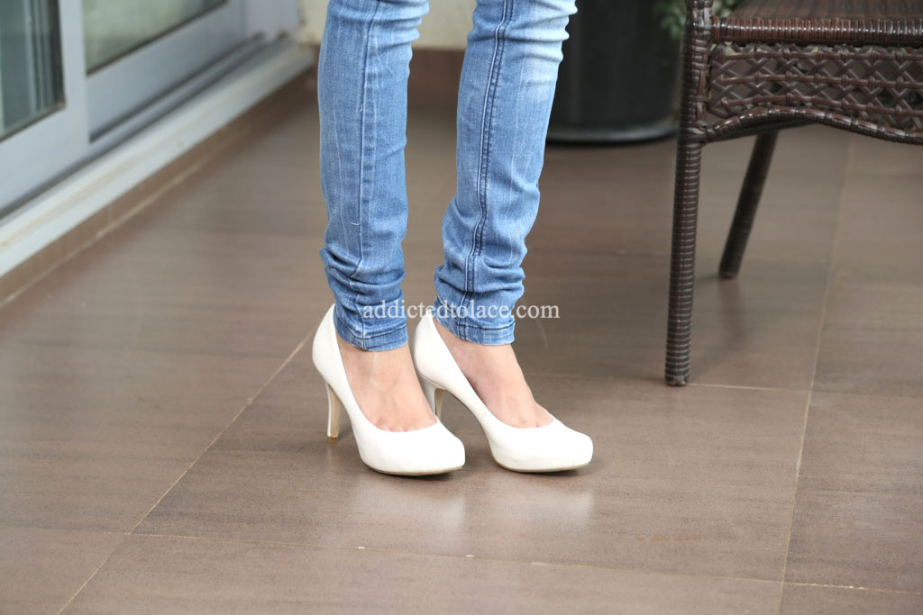 white-pumps